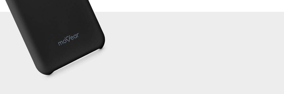 Z etui silkyCase telefon iPhone X doskonale leży w dłoni