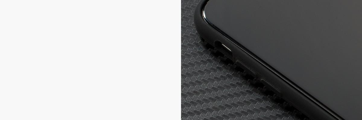 Miękko działające przyciski w etui moVear silkyCase na iPhone X