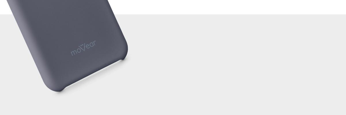 Z etui silkyCase telefon iPhone X (5.8 cala) doskonale leży w dłoni