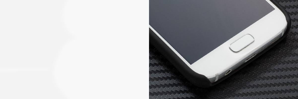 Umożliwia bezproblemowe ładowanie  Samsung S7 G930F zarówno kablem jak i indukcyjnie